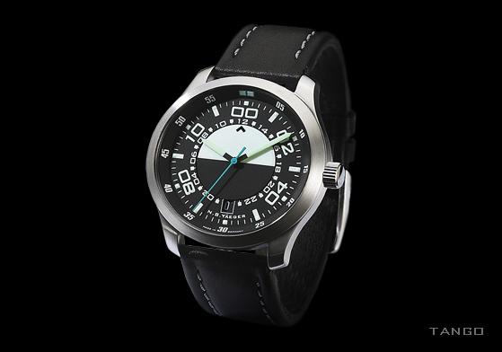 Une marque dédiée aux montres inspirées des tableaux de bord d'avion Gallery-pic-tango